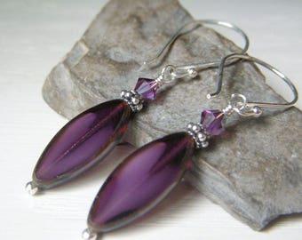 Amethyst Glass Earrings, Tablecut Glass Sterling Silver Earrings, Czech Glass Givre Earrings, Purple Oval Earrings, Spindle Shape Earrings