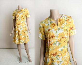 Vintage 1960s Dress- Sunflower Rose Print Lemon Yellow Floral Print Linen Shift Dress - White Button Detail - Medium Large