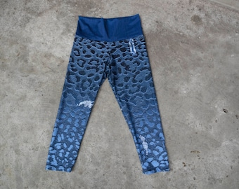 Yoga Capri Length Leggings, Blue Black Ombre Graphic Animal Print Leopard Spot Faux Ripped Blue Jean Design, Firm Stretchy Workout Leggings