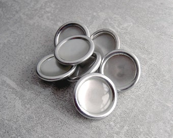 Mid-Century Silver Buttons, 19mm 3/4 inch - Silver Tone Metal Buttons with Pearl inset - 7 VTG NOS Retro Mod Silver Tone Buttons MT090