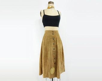 Vintage Suede Skirt 1970s Suede Skirt Boho Suede Skirt Tan Suede Skirt Suede Midi Skirt Button Front Skirt 70s Applique Skirt Suede Midi xs