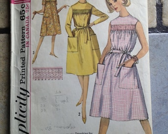 Simplicity 5435 Size 12 Misses' Smocked Dress Pattern