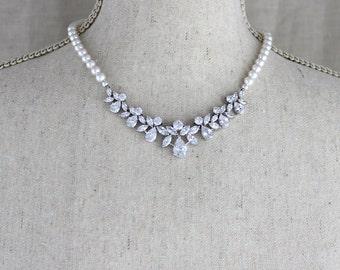 Pearl necklace, Bridal necklace set, Bridal jewelry, Bridal earrings, Bridal bracelet, Crystal earrings, Rose gold necklace set,  Swarovski