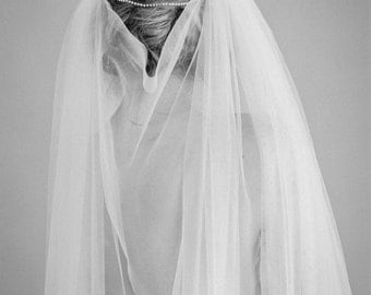 """English tulle veil with crystal swags """"Artemis"""""""