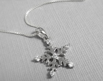 Sterling Silver Snowflake Necklace, Christmas Necklace, Christmas Gift, Snowflake Necklace, Star Necklace, Winter Wedding Necklace