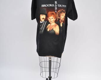 vintage tshirt BROOKS and DUNN reba oversized boyfriend fit t-shirt 1990s shirt