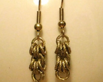 Mini gold shaggy loop earrings