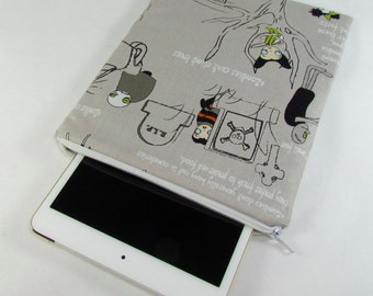 iPad mini Padded Sleeve (for iPad mini 2, 3, 4) - Zombies **handmade**