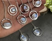 Rainbow Moonstone Hammered Circle Pendant Necklace, Everyday Silver Jewelry for Her, Moonstone Pendant, Blue Flash Moonstone Necklace