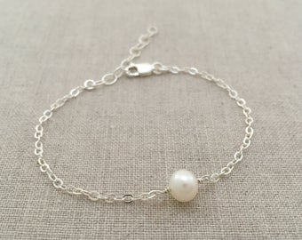 Sterling Silver Pearl Bracelet, Gold Pearl Bracelet, Simple Silver Pearl Bracelet, Dainty Pearl Bracelet, Bridesmaid Silver Pearl Bracelet