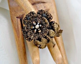 30s Filigree Brooch White Rhinestone Flower Vintage Jewelry