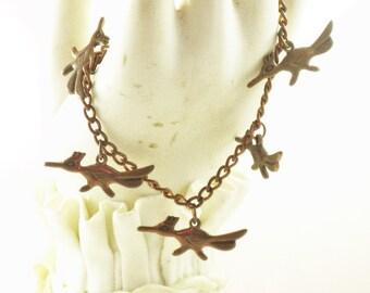 Vintage Copper Roadrunner Bird Dangling Charm Bracelet (BR-2-3)
