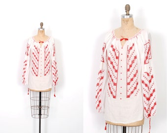 Vintage 1970s Blouse / 70s Cotton Gauze Embroidered Peasant Top / White and Red ( medium M )