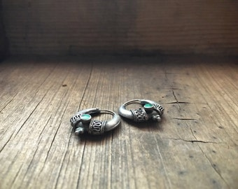 Vintage ethnic hoop earrings silver and malachite, gypsy earrings, hippie earrings, silver hoop kuchi tribal jewelry, belly dance jewelry