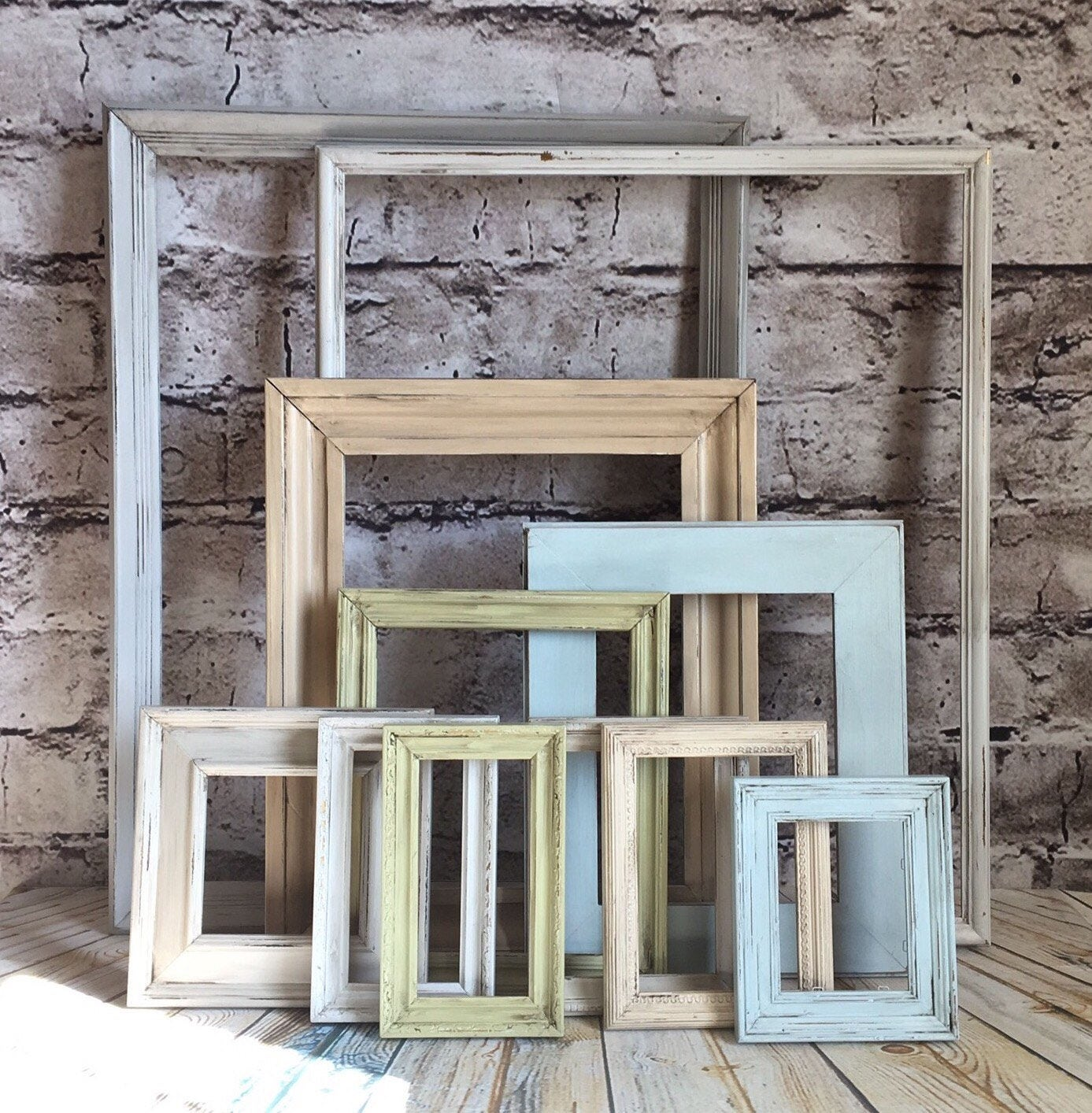 frames frame set farmhouse frames farmhouse colors gallery frames open frames fixer upper. Black Bedroom Furniture Sets. Home Design Ideas