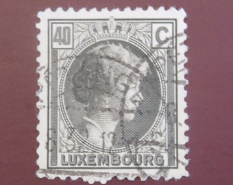 1920s Luxembourg 40 C Stamp, Grand Duchess Charlotte 1926 Vintage for Crafts or Collecting