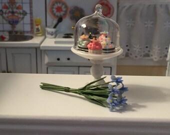 Miniature Blue Iris Stems, Dollhouse Miniature, 1:12 Scale, Miniature Flowers, Home & Garden, Miniature Garden, Mini Flowers