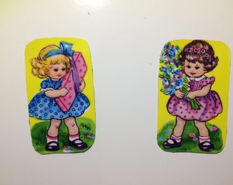 2x Magnets with upcycled scrap illustrations, pretty girls.
