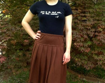 1960s 70s RETRO Skirt * Chocolate Brown Pleat * High Waist Vintage * School Costume * Sz S 4/6