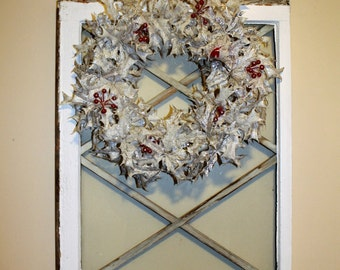 Vintage Silver Glittered White Plastic Wreath with Holly Berries