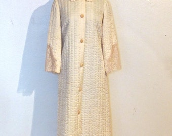 vintage quilted lace robe - 1950s Maison Weiss ivory lacy quilted lounge coat bed jacket