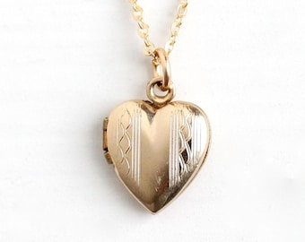 Sale - Vintage 12k Gold Filled Heart Locket Necklace - Late Art Deco Dainty Petite 1940s Sweetheart Pendant Romantic Charm Jewelry