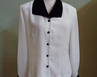 """Vintage 80's Alexandria Cream Long Sleeved Blouse with Velvet Collar and Cuffs Bust 41"""" Waist 37"""""""
