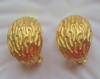 Kenneth Lane Textured Gold Earrings