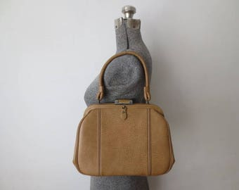 Vintage '60s/'70s Catalina U.S.A. Camel, Oversized, Textured Faux Leather Purse