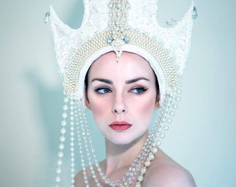 White Pearl 'Arctis' Guipure Lace Beaded Couture Crystal Headdress