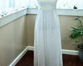 Vintage White Lace Dress Wedding Dress - S - M