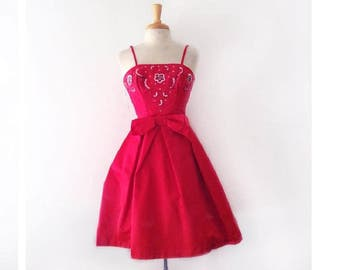 1950s lipstick red party dress with sequin beaded bodic and bw front size small
