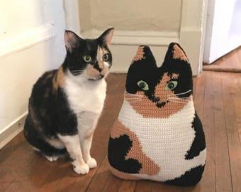 Pet portrait pillow custom pet portrait Personalized cat stuffed by your own design memorial cat portrait stuffy cat cushion pillow crochet