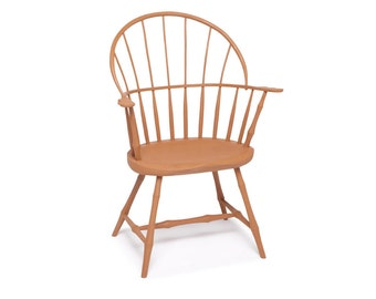 Pinched hoop, sack back Windsor chair