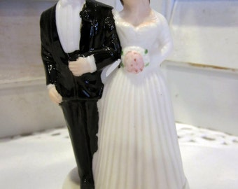 Vintage 60s Bride and Groom Wedding Cake Topper Ceramic, Made in Japan