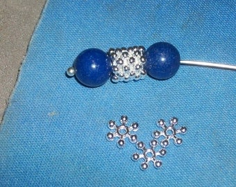 50 Bright silver plated snowflake spacer bead- 8 x 2.5 mm -(50 pieces)