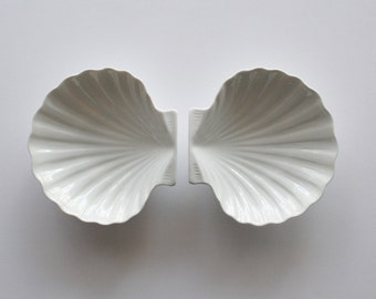 French porcelain seashell bowls, Limoges seashells, seashell candy dish, vintage candy dish, white shells