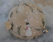 Primitive Winter Snowman Pin Keep Hand Painted Winter Pin Cushion Ornament