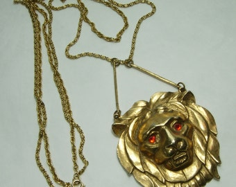 Runway 1970s Lion Pendant Necklace Tiered 9 Inch Drop Couture Statement
