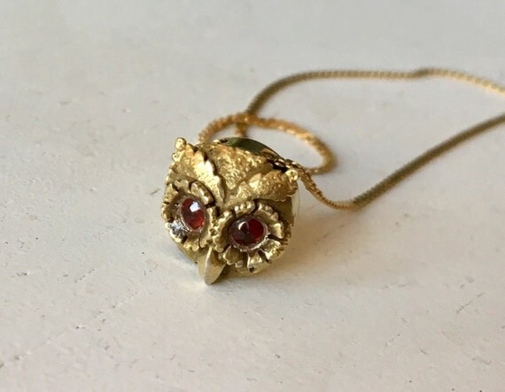 Delicate Owl Pendant Necklace - 14k Yellow Gold - Garnet