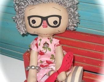 Raggedy Ann Annie-Grey Hair Nannie-Nana-Grandmother-Ragdoll-Loves to Cook-OOAK-MOTHER'S Day Gift