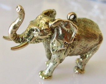 Huge 9ct Gold Elephant Charm or Pendant