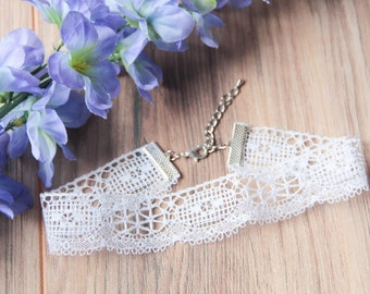 Vintage white lace choker necklace | Dainty choker |  Delicate choker |  Simple choker | Romantic choker | Bohemian boho festival jewelry |