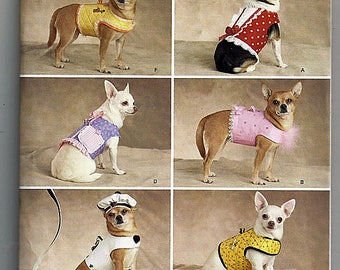 Dog Clothes In Four Sizes / Original Simplicity Uncut Sewing Pattern 2393