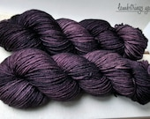 Ewetopia Worsted, Hand dyed yarn, Superwash Merino Wool, 218 yds/ 100g: Voodoo.