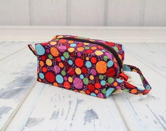 Purple knitting fabric Small boxy bag, Knitting Boxy Project Bag, Knitting Project Bag. Sock Knitting bag. Crochet bag,zippered box bag