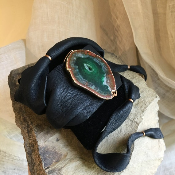 Brasilia Leather Wrap Bracelet with Green Agate