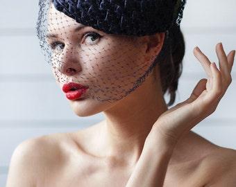 Vintage black straw veil red poppy flower round pillbox fascinator headpiece wedding tea party hat headdress