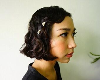 Vintage Hair Pin/ Hair Clip/ Bobby Pin/ 60s Butterfly Hair Pin/ Milk Glass Hair Pin/ Vintage Jewelry/ Costume Jewelry/ Bridal Hair Pin