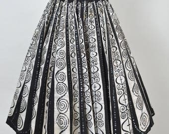 Vintage 1950s Circle Skirt 50s Mexican Hand Painted Sequined Skirt Made in Mexico